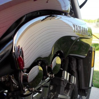 Chrome Air Scoops for Gen 1 Vmax '85 – '07